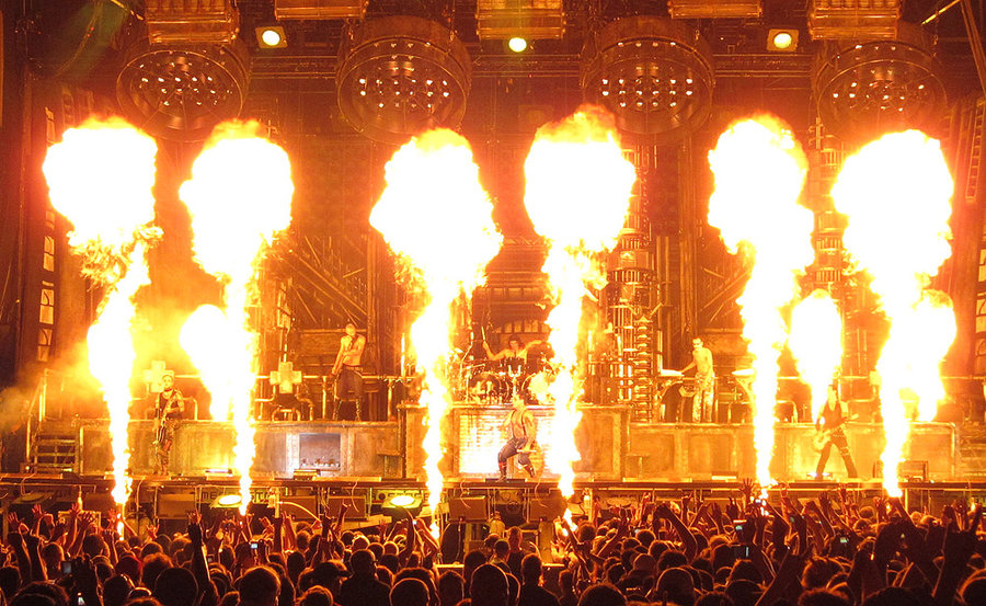 rammstein_show_qc_2_by_natasfilth