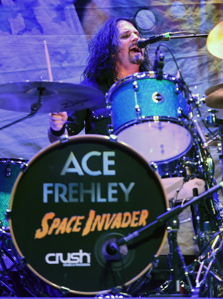 Scot+Coogan+Ace+Frehley+Lita+Ford+Perform+q2vAWCrvttCl
