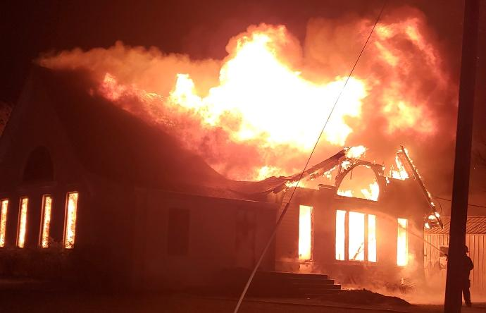 mooreville+church+fire+FCSO+pic